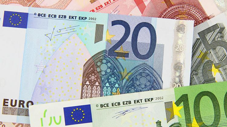 Geldscheine zwanzig Euro und zehn Euro